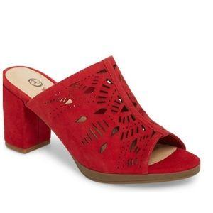 Bella Vita Red Sandals Mules/Slides